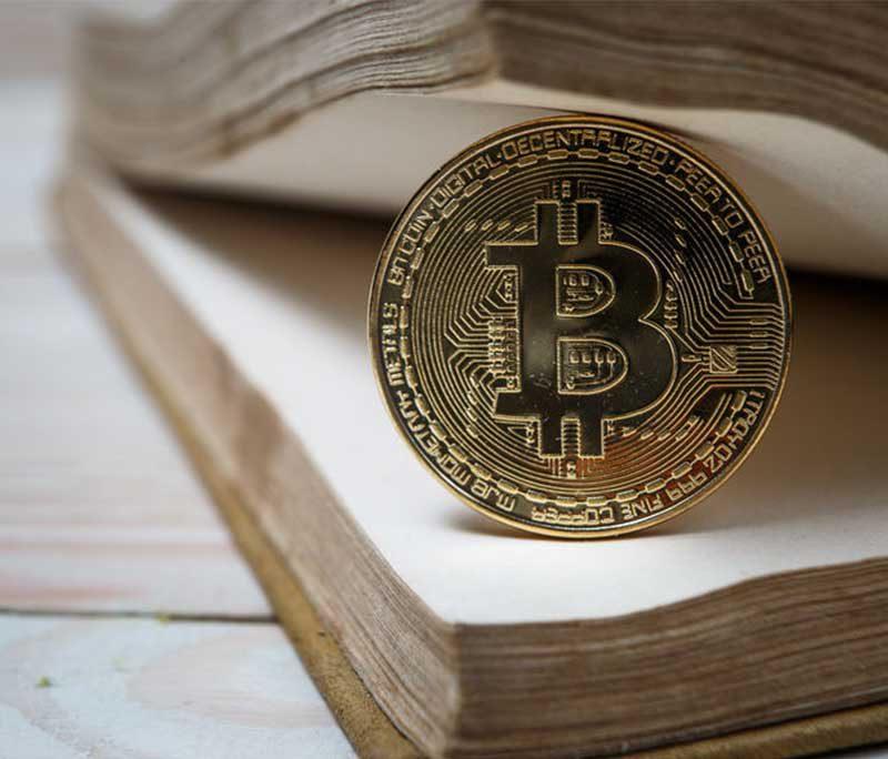 Bitcoin gevangen in falling wedge