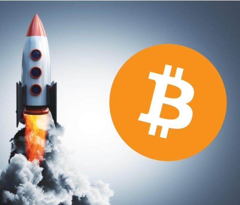 Bitcoin koers klaar voor sprong richting $52.500 (EXTRA: Trade Setup AAVE)
